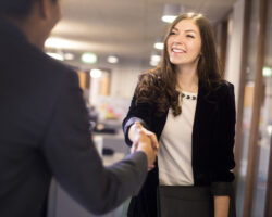 How to Make a Good Impression in an Interview